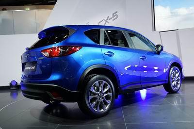 Обновленная Mazda CX-5: еще более стильная и комфортабельная.