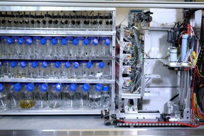 Автоматизированная настольная машина быстрого синтеза белка может ускорить разработку лекарств