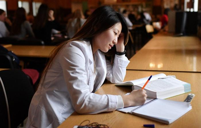 Кандидатская диссертация и трудности её написания
